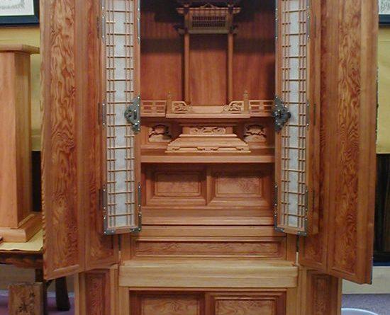 富山県天然記念物指定「古志の松原」の松仏壇